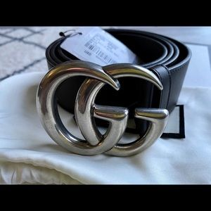 Gucci Leather belt with Double G buckl